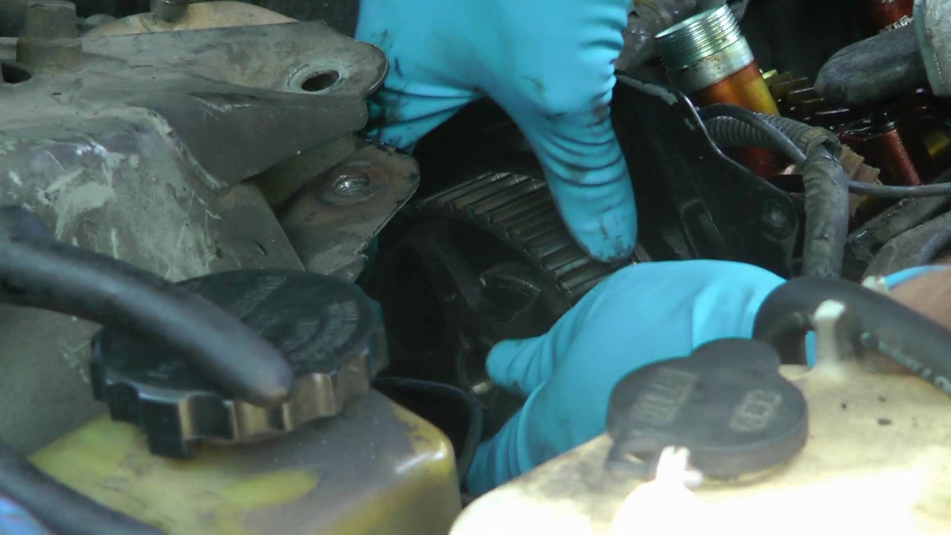 How To Fix Engine Oil Leaks 2