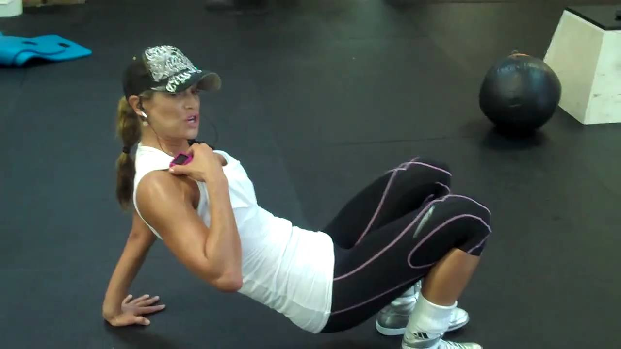 How to Train Abs, Super Fitness Model & Best Selling Author Jennifer Nicole Lee Shows You! 6