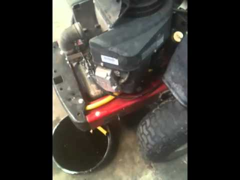 LAWN TRACTOR REPAIR : HOW TO CHANGE THE OIL AND FILTER ON YOUR LAWN TRACTOR 3
