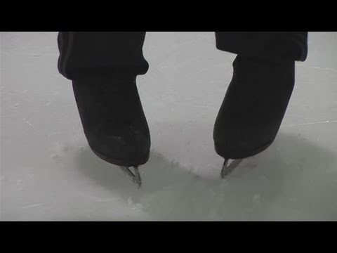 How To Learn To Ice Skate Backwards 4