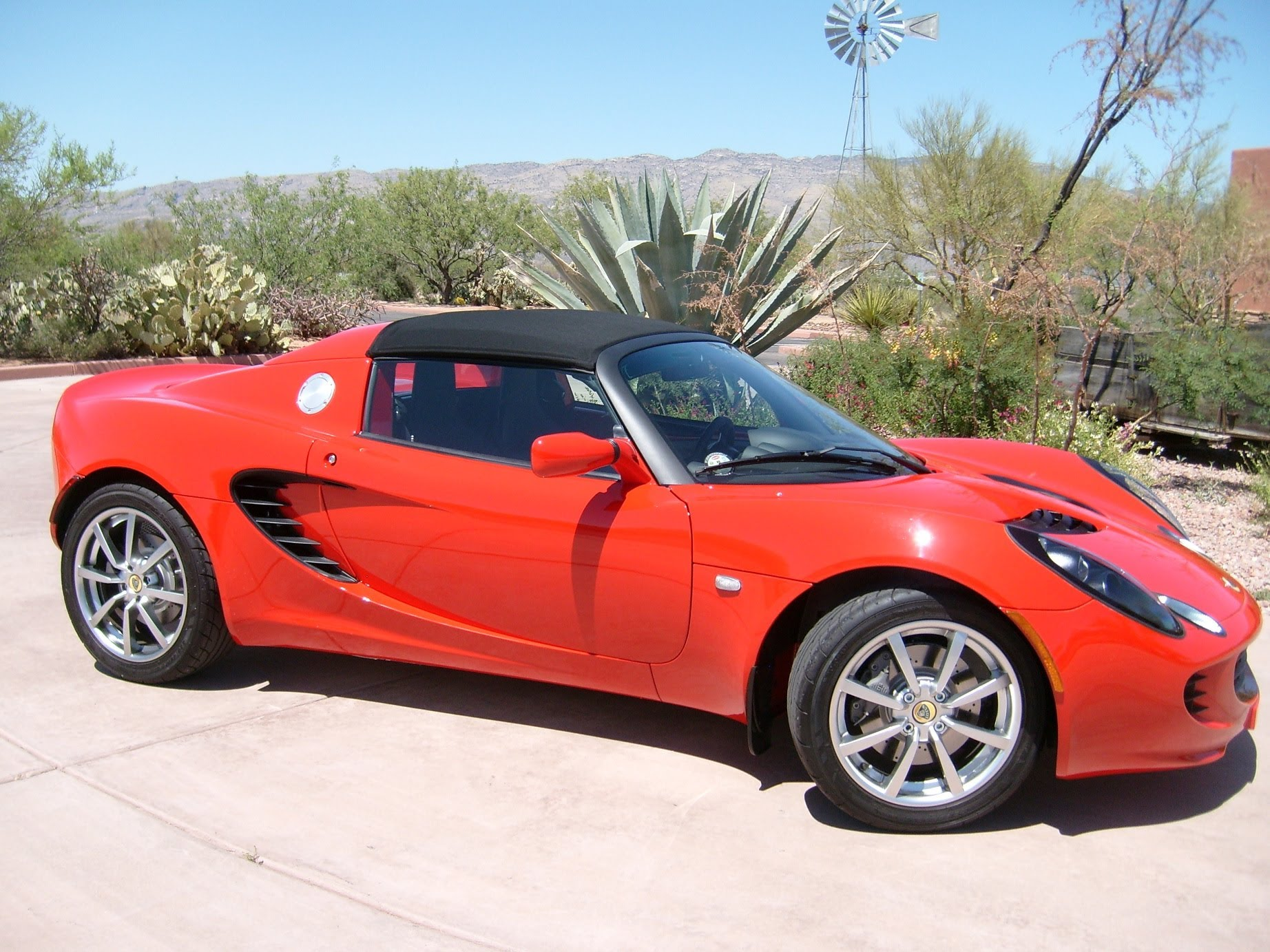 How to change oil on a 2009, 2010, 2011 Lotus Elise 1