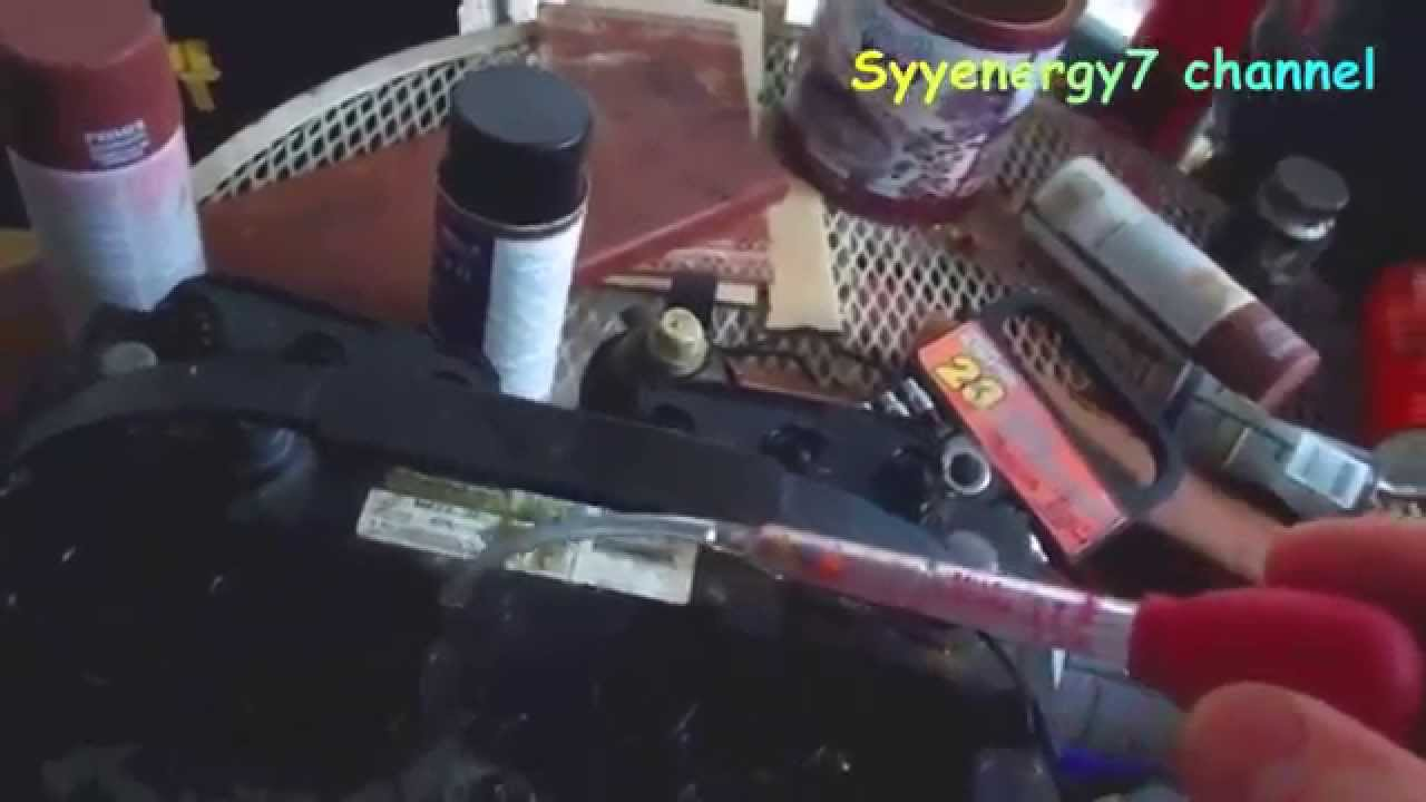 Using a Car Battery Hydrometer - testing each cell 4