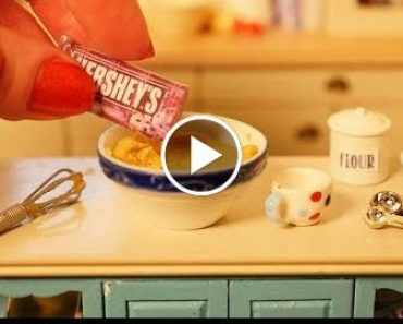 Teeny Gagger Challenge How Small Can I Bake? How To Cook That Ann Reardon 2
