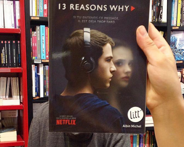 What Happens When Bookstore Employees Get Bored (Part 2) 10
